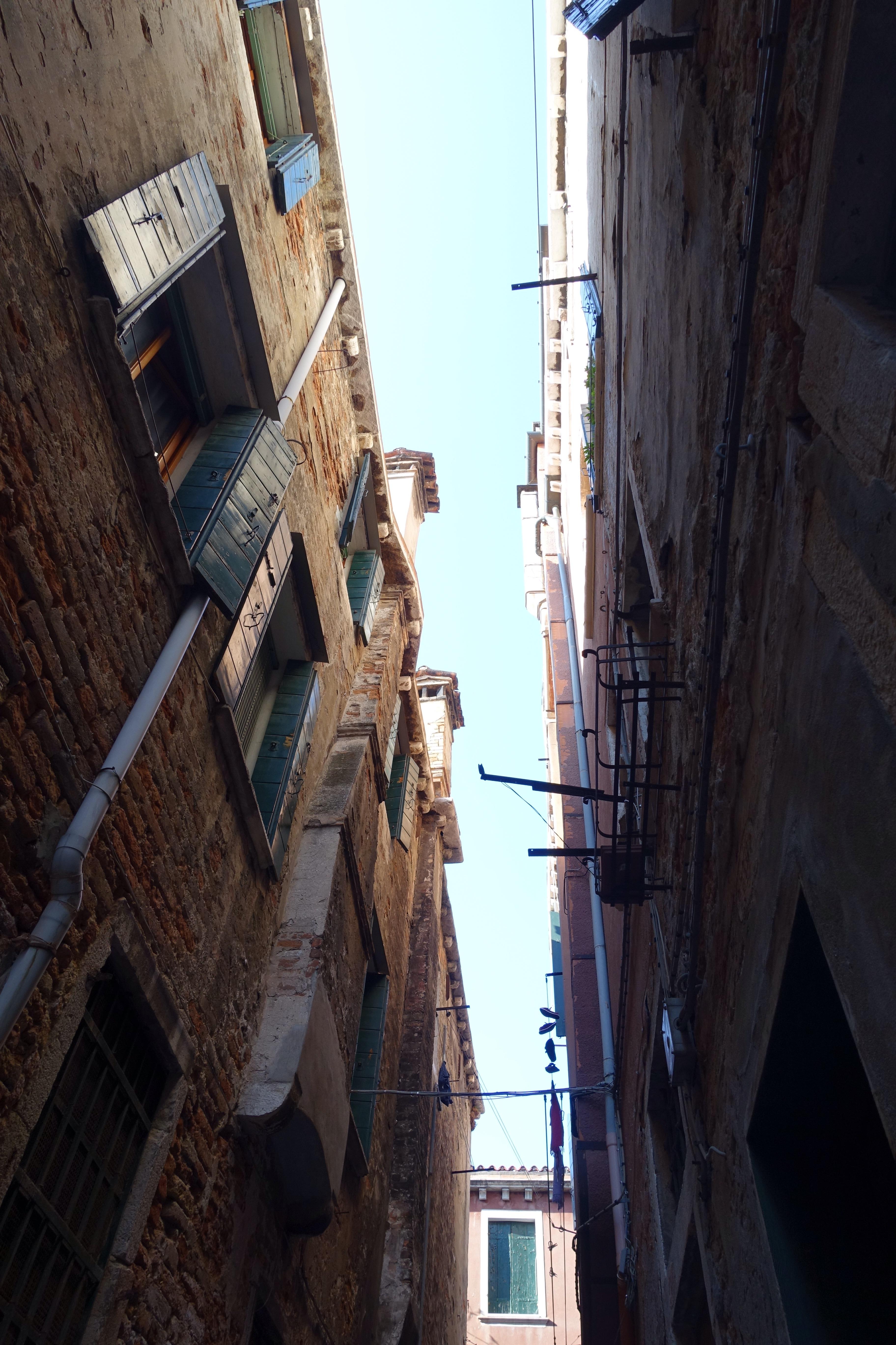 Narrow Venice street